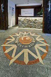 Eingang Rezeption Hotel Phoenix Zermatt