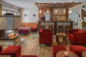 Bar und Lobby im Hotel