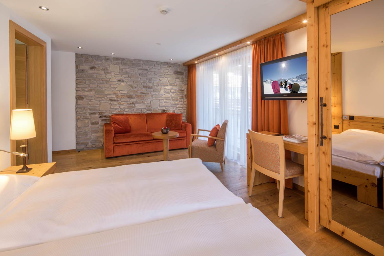 Dreibettzimmer im Hotel in Zermatt